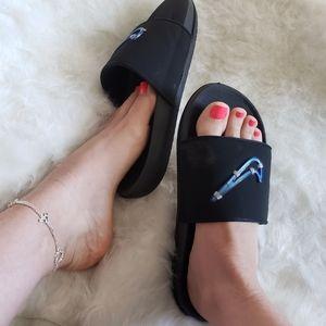 Nike slide sandals sz 9 womens Black & Blue